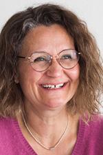 Das Foto zeigt ein Portrait von Ingrid Kronast